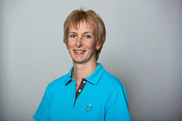 Regina Warneke - Mitarbeiterin im Team von Dr. Richter - Zahnarzt Hamburg